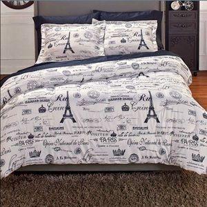 Other - NIP Vintage Paris Full/Queen Comforter Set 💗